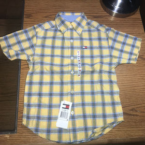 Tommy Hilfiger yellow button down s/s shirt size 4